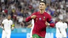 Cristiano Ronaldo đi vào lịch sử bóng đá thế giới khi cân bằng kỷ lục 109 bàn.