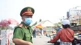 Lực lượng chức năng đang tăng cường kiểm soát tình trạng ùn tắc giao thông tại các chốt phòng, chống dịch ở các cửa ngõ TP Đà Nẵng trong những ngày qua