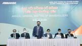 Chủ tịch HĐQT Đào Mạnh Kháng cùng đoàn chủ tọa khai mạc ĐHCĐ ABBANK 2020