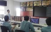 西貢河隧道管理中心的交通攝錄系統也用 於治水工作。