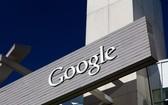 Google宣佈從現在開始取消行之多年的「首次點擊免費」,未來將採靈活制度,讓內容出版商自己決定要給Google用戶一天多少限額的文章。(圖源:Shutterstock)