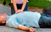 心臟性猝死救命法。圖為心臟按壓搶救。(示意圖源:互聯網)