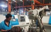 生產流程中使用機械人代替人工作業。
