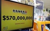 今期的強力球獎金高達5.7億美元。(圖源:AP)