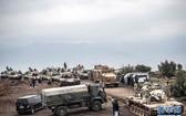 當地時間1月21日,土耳其哈塔伊省,土耳其部隊在土敘邊境哈薩鎮附近。 (圖源:新華網)