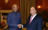 政府總理阮春福會見印度總統拉姆。(圖源:越通社)