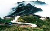 氣勢雄偉壯觀的牡山。