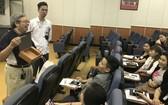 台資大發公司員工抵達台南參加文化創意產業旅遊學團活動。