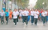 逾2,500人參加2018年為永隆省全民健康的奧林匹克跑步日。