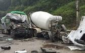 事故發生後,兩輛肇事車輛橫臥,卡住2號國道流通車道,,致使該路段出現交通堵塞情況。