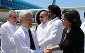 聖地亞哥‧德‧古巴城市領導迎接阮富仲總書記。(圖源:智勇)