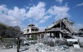 敘遭空襲後,科學研究中心成一片廢墟。(圖源:AP)