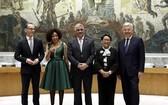聯合國大會選舉德國、南非、多米尼加共和國、印度尼西亞和比利時(從左至右)5國為2019年和2020年安理會非常任理事國。(圖源:新華網)