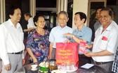 市民族處與華人會館等單位配合慰問優撫家庭。