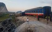 今年5月份在清化省靖嘉縣長林鄉附近發生的一起嚴重鐵路事故,造成2人死亡。(圖源:俊河)