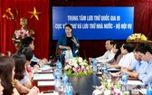 國會主席阮氏金銀主持會議並發表指導意見。(圖源:清孟)