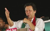 伊姆蘭‧汗(Imran Khan)曾是巴國的板球明星,有望成為巴基斯坦下位總理。(圖源:AP)