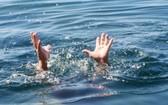 兩名中國遊客於上月30日晚在美溪海灘夜泳而被溺水,導致1人身亡,另1人受傷須送院急救。(示意圖源:互聯網)