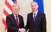 美國國家安全顧問博爾頓計劃與俄羅斯官員舉行會談,說明美方的立場。(圖源:DPA)