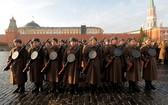當地時間7日,俄羅斯舉行莫斯科紅場閱兵,紀念1941年紅場閱兵77週年。(圖源:RT)