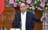 政府總理阮春福主持政府常務會議並發表講話。(圖源:光孝)
