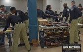 美國馬里蘭州巴爾的摩警方上週執行槍枝回購計畫,取得近2000件武器。(圖源:twitter.com/baltimorepolice)