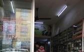 富潤郡潘廷逢街L.K藥房仍售賣MOOV7.5藥品。