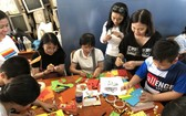 市商業華語培訓中心(SHZ)的華語俱樂部舉辦的迎春盛會吸引眾多越華青少年前來參加。