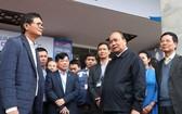 政府總理阮春福第三次視察國際新聞中心的籌備工作。(圖源:VGP)