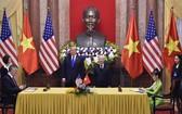 總書記、國家主席阮富仲與美國總統特朗普見證越捷與波音公司簽署合同。(圖源:M.A)
