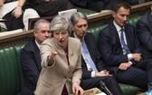 英國首相特蕾莎·梅在會議。(圖源:EPA)