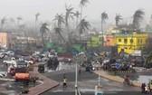 當地時間5月4日,印度東部奧里薩邦街頭仍遭風暴肆掠。(圖源:互聯網)