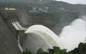 水電站各水庫的水量不足。(示意圖源:互聯網)