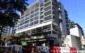 當地時間15日,悉尼南部的Mascot Towers大廈空無一人。(圖源:AAP)