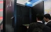 圖為中國神威藍光超級計算機。(圖源:互聯網)