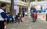 第十一郡越華青年鍛煉騎車技巧。