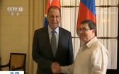 當地時間24日,正在古巴訪問的俄羅斯外長拉夫羅夫(左)同古巴外長羅德里格斯舉行會談。(圖源:CCTV視頻截圖)