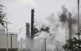 當地時間7月31日,美國石油公司埃克森美孚位於休斯敦市東側的貝城烯烴工廠發生火災,已造成66人被燒傷。(圖源:互聯網)