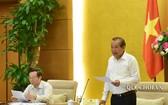 政府常務副總理張和平(右)在會議上發表講話。(圖源:Quochoi.vn)