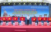 """""""越南海軍是漁民遠海捕魚靠山""""發起儀式一瞥。(圖源:越通社)"""