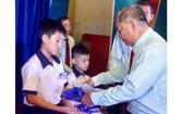 華人團體熱心教育事業