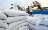 上週,我國5%碎米大米出口價格每噸從340至350美元,從本月2至10日,約10萬3000噸大米運往本市各港口。(示意圖源:互聯網)