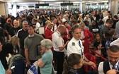 美國海關及邊防局一度因大規模電腦故障,而令各地機場陷入癱瘓。(圖源:互聯網)
