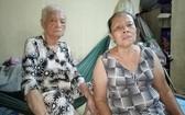 馮明月與年邁的母親都患病。