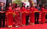 萬成乳膠床墊公司的第39個門市開張營業儀式。