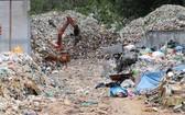 圖為崑崙島鵶灘上堆積的塑料垃圾。(圖源:農銀)