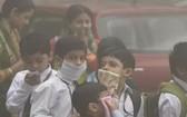"""印度媒體11月1日報導稱,首都已經於週五宣佈關閉所有學校,直到2019年11月5日,原因是空氣質量惡化和污染進入""""緊急級別""""。(圖源:互聯網)"""