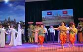 柬埔寨王國國慶66週年紀念活動文藝節目表演一隅。(圖源:市黨部新聞網)