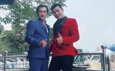 兩名華人歌星、音樂家畢寶藤(左)與林振合。