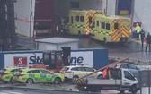 愛爾蘭又發現一密閉拖車內藏有16名偷渡客,所幸健康狀況均良好。(圖源:互聯網)